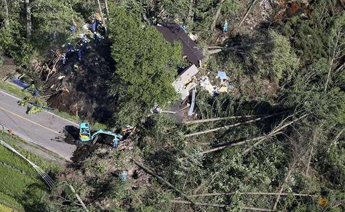 Ιαπωνία: Στην Οκινάουα ο τυφώνας Τράμι, τουλάχιστον 17 τραυματίες