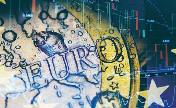 Το ευρώ ενισχύεται κατά 0,37% στα 1,1639 δολάρια