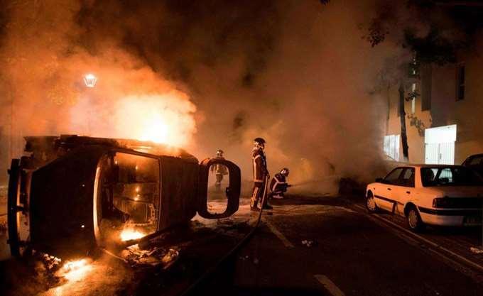 Γαλλία: Σχετική ηρεμία στη Νάντη μετά τα επεισόδια για τον θάνατο νέου από σφαίρα αστυνομικού