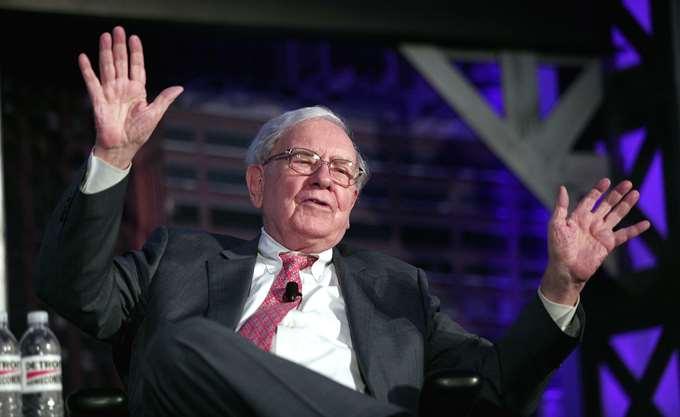 28χρονος ιδρυτής εταιρείας κρυπτονομισμάτων έδωσε $4,6 εκατ. για ένα γεύμα με τον Buffett