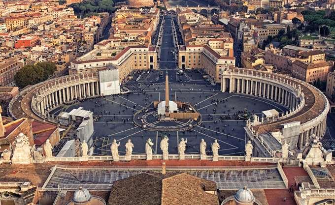 Βατικανό: Ποινική δίωξη εις βάρος καθολικού ιερέα για παιδικό πορνογραφικό υλικό