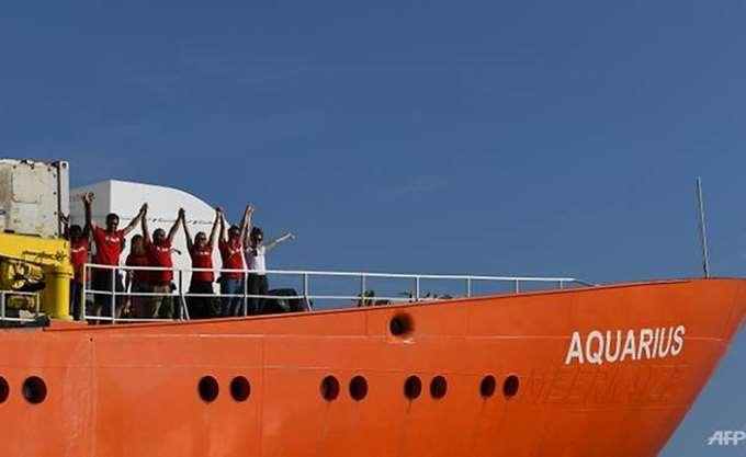 Το Aquarius κατευθύνεται προς τη Γαλλία και ζητά να ανοίξει ένα λιμάνι για να δεχθεί τους μετανάστες που μεταφέρει