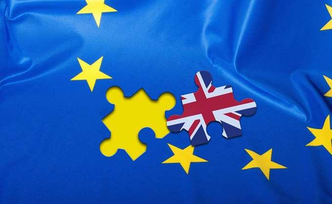Κλιμακώνεται το δράμα στη σαπουνόπερα του Brexit