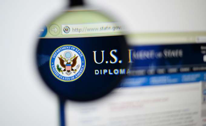 State Department: Δόθηκε άδεια για την εμπορική εξαγωγή όπλων στην Ουκρανία