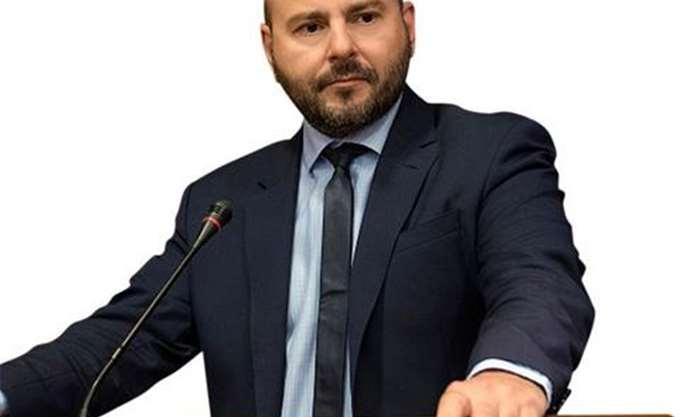 Στασινός: Η συνταγματική αναθεώρηση πρέπει να επιλύει προβλήματα των πολιτών