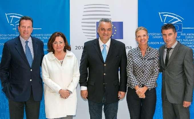 Παρέμβαση των ευρωβουλευτών της Ν.Δ. στην Ευρωβουλή για τους Έλληνες στρατιωτικούς