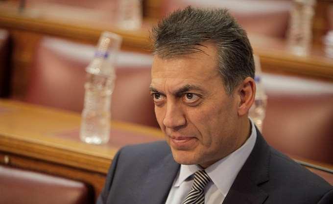 Βρούτσης: Η κυβέρνηση κατέθεσε τροπολογία για υποχρεωτική εργασία σε αργίες και γιορτές