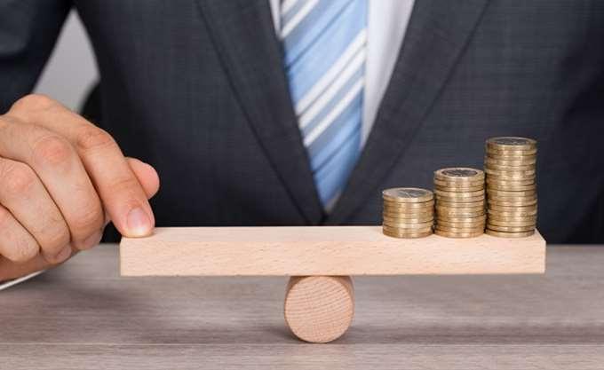 """Χρέη και αναδρομικά """"στοιχειώνουν"""" τα Ταμεία το 2019"""