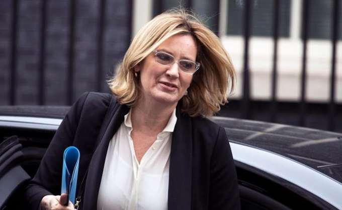 Βρετανία: Η Α. Ραντ θέτει εαυτήν εκτός κούρσας για την ηγεσία των Συντηρητικών