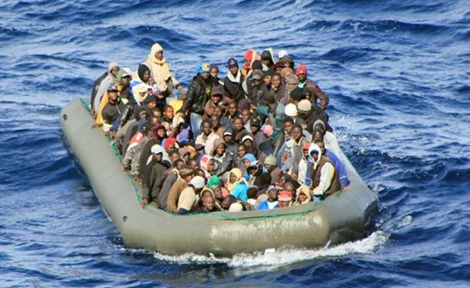 """Πέντε χρόνια και 14.000 πνιγμένους μετά την 3η Οκτωβρίου 2013 η ΕΕ """"ξαναθάβει"""" τη Λαμπεντούζα"""