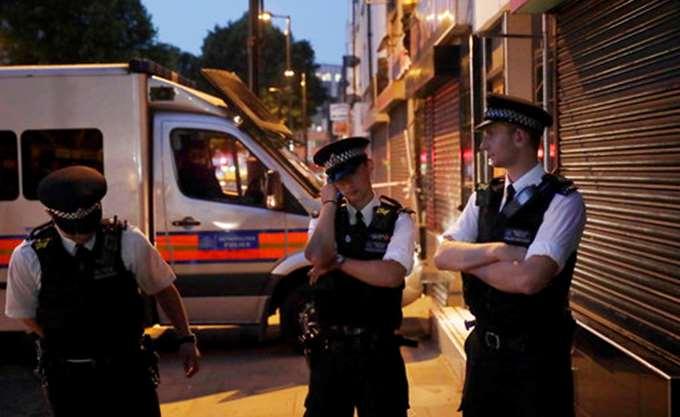 """Τρεις άνδρες τραυματίστηκαν από επίθεση με """"τοξική ουσία"""" στο δυτικό Λονδίνο"""