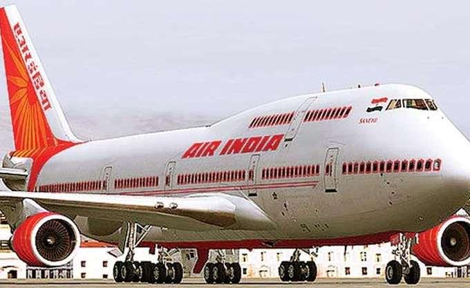 """Εθνικός... οίστρος με """"ζήτω η Ινδία"""" στις πτήσεις της Air India, εν μέσω έντασης με το Πακιστάν"""