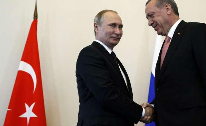 Ερντογάν - Πούτιν: Οικονομία, εμπόριο και Συρία στο επίκεντρο της τηλεφωνικής τους επικοινωνίας