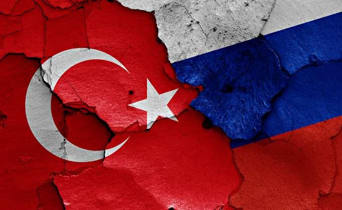 Λαβρόφ και Τσαβούσογλου συζήτησαν για την ειρηνευτική διαδικασία στη Συρία