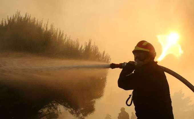 Εύβοια: Σε εξέλιξη για δεύτερη ημέρα η πυρκαγιά στην περιοχή Πισσώνα