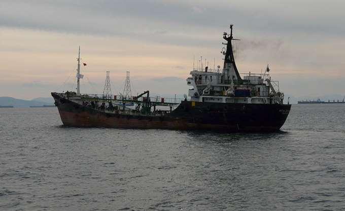 Καμία επιβάρυνση από πετρελαιοειδή στη θάλασσα της Παλαιάς Φώκαιας, διαβεβαιώνει το ΕΛΚΕΘΕ