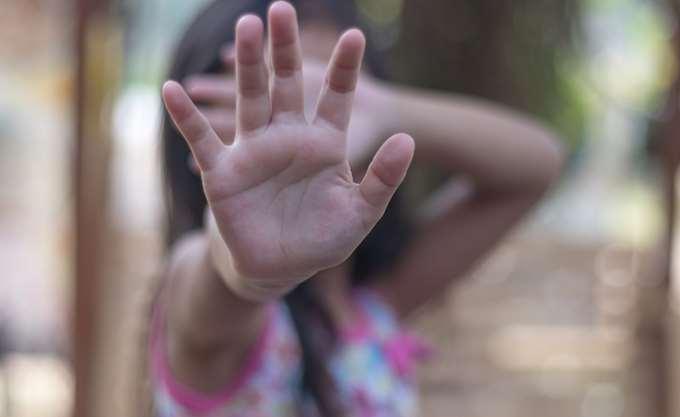 ΕΕΔΑ: Γιατί απαγόρευσε κάθε επαφή μητέρας - κόρης