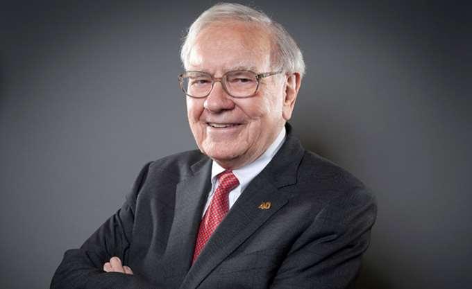 Μερίδιο 900 εκατ. δολαρίων στην Amazon αποκαλύπτει ο Buffett