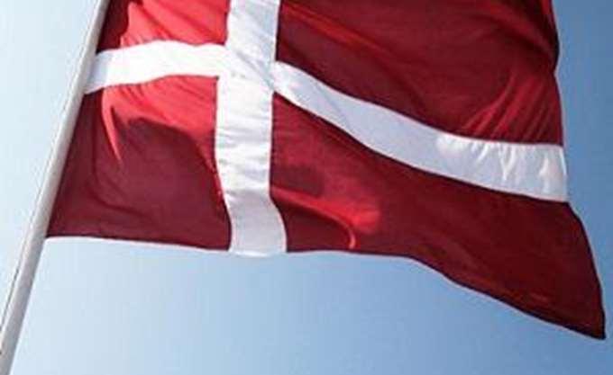 Δανία: Η Βουλή ενέκρινε νόμο για την απαγόρευση της μαντήλας στους δημόσιους χώρους