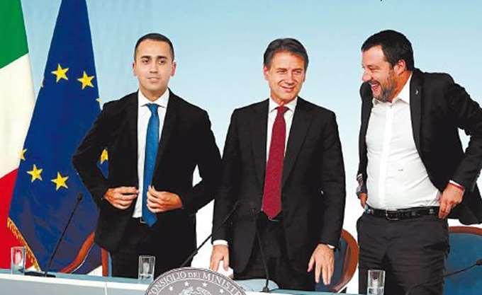 Ιταλία: Ένας χρόνος κυβέρνησης λαϊκιστών
