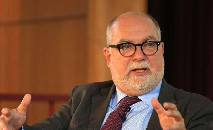 T. Wieser: Σε ενισχυμένη επιτήρηση μέχρι να πληρώσετε το 75% του χρέους