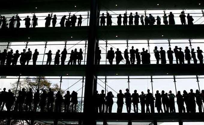 Ευρωζώνη: Στο 8,7% μειώθηκε η ανεργία το Νοέμβριο