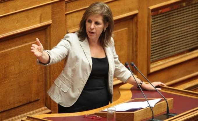 Χριστοφιλοπούλου για τη τροπολογία σχετικά με την απεργία