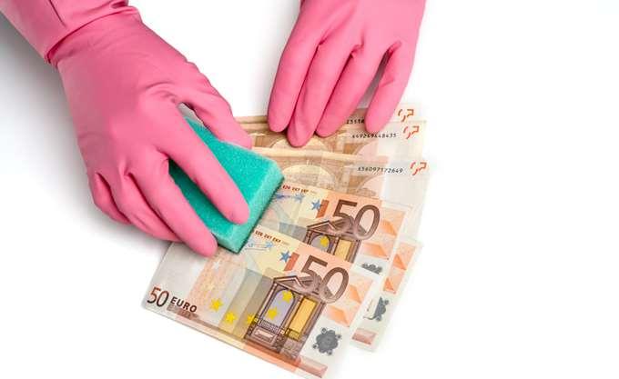 """Έτσι ξεπλένεται το """"μαύρο"""" χρήμα στην Ελλάδα"""