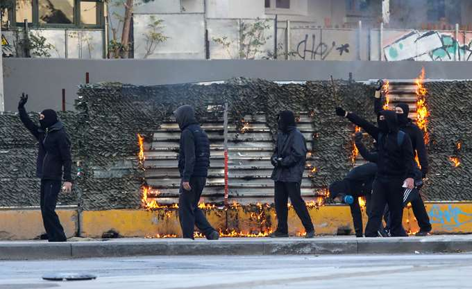 Θεσσαλονίκη: Στον εισαγγελέα οδηγήθηκαν 11 από τους 15 συλληφθέντες για τα χτεσινά επεισόδια στο κέντρο της πόλης
