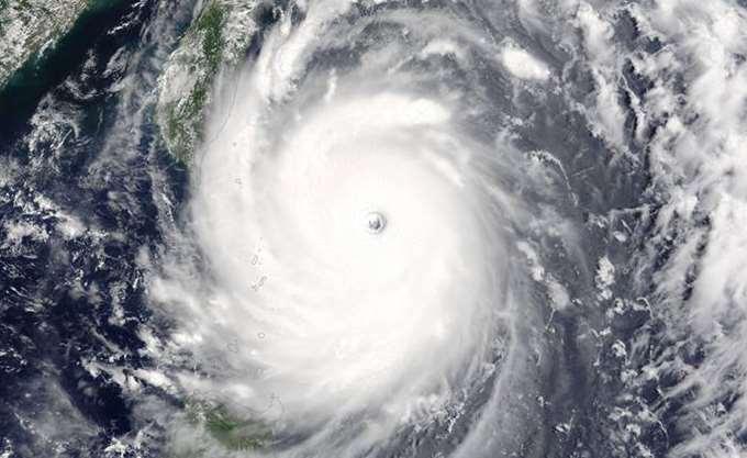 """Στη Φλόριντα το """"μάτι"""" του κυκλώνα Μάικλ"""