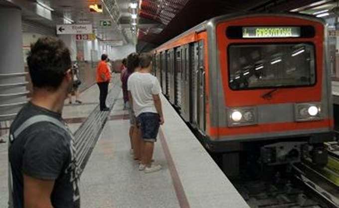 Επανέρχονται από αύριο τα απευθείας δρομολόγια του μετρό για το αεροδρόμιο