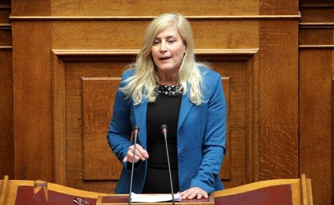 Πρωτοφανείς χαρακτηρισμοί της Ε. Αυλωνίτου για τον πρόεδρο της ΝΔ