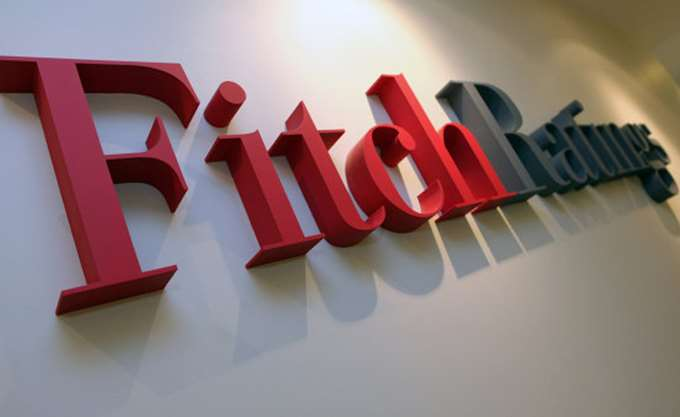 Fitch: Προκλήσεις στην κερδοφορία των ευρωπαϊκών τραπεζών