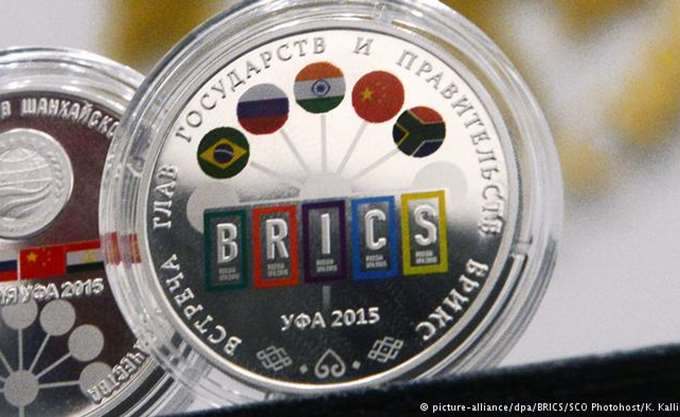 Στη Νότια Αφρική ο Ρώσος ΥΠΕΞ για τη συνάντηση των BRICS