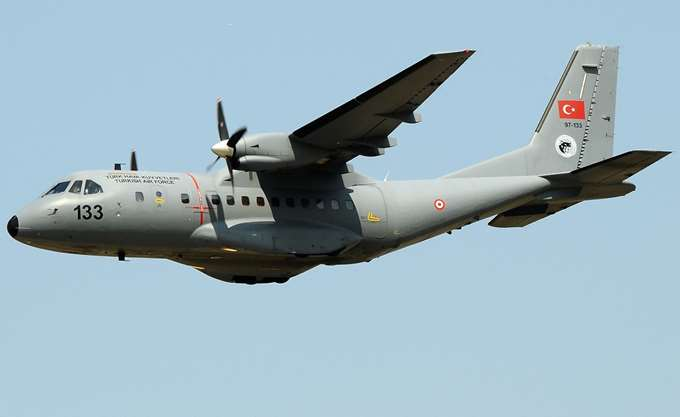 Τουρκικό εκπαιδευτικό αεροσκάφος πέταξε πάνω από την νησίδα Παναγιά των Οινουσών
