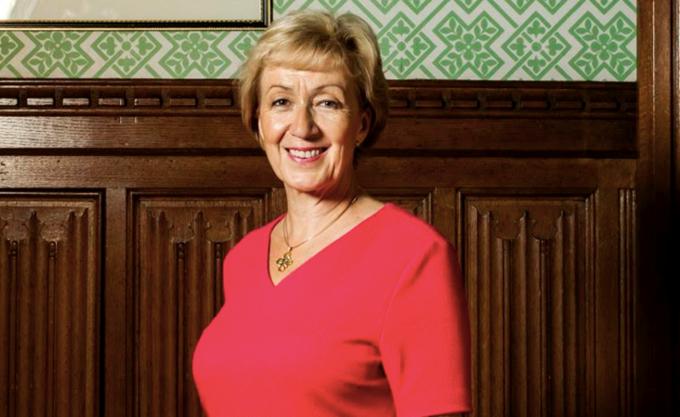 Βρετανία: Παραιτήθηκε η υπουργός αρμόδια για τη σχέση με τη Βουλή των Κοινοτήτων Άντρια Λίντσομ