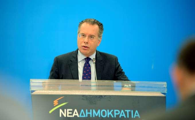 """ΝΔ: Τσίπρας, Καμμένος και Κοτζιάς ετοιμάζονται εν κρυπτώ να """"λύσουν"""" και το """"Αλβανικό"""""""