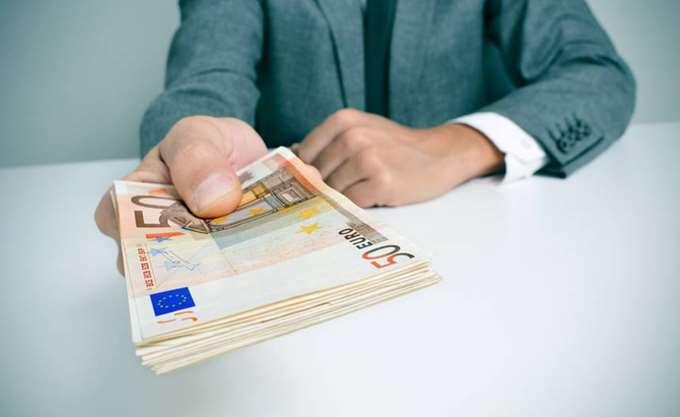 Κρίσιμα για τη μείωση των NPLs επιχειρηματικά δάνεια 22,7 δισ. ευρώ