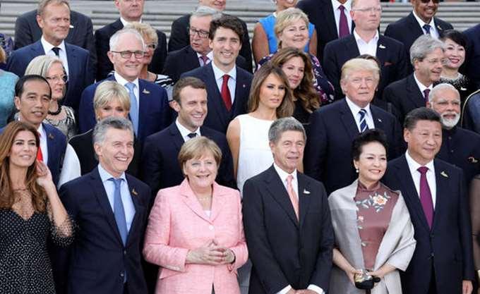 Σύνοδος Κορυφής ενός κατακερματισμένου κόσμου