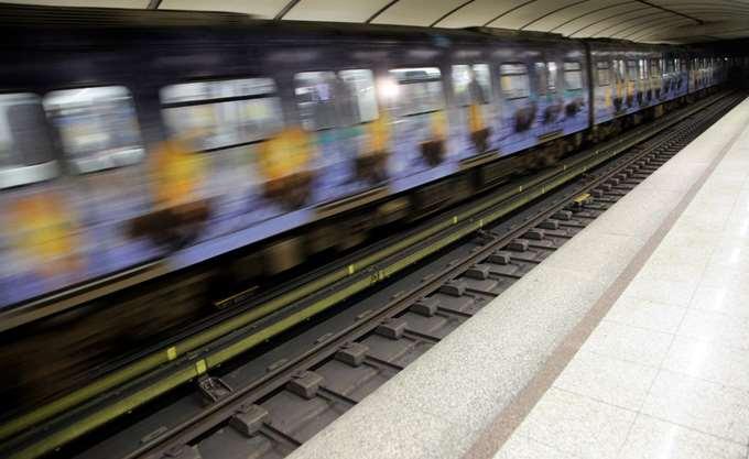 Στάση εργασίας στο μετρό την Τρίτη του Πάσχα