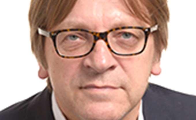 Γκι Φερχόφστατ: Η συμφωνία Brexit διατηρεί στενές σχέσεις της ΕΕ με το Ηνωμένο Βασίλειο