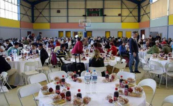 """Η Εκκλησία και ο Δήμος Αθηναίων """"αγκαλιάζουν"""" σήμερα μοναχικούς, άστεγους και απόρους"""