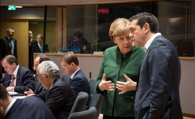 Merkel: Η Γερμανία θα συνεργαστεί με οποιαδήποτε κυβέρνηση στην Ιταλία