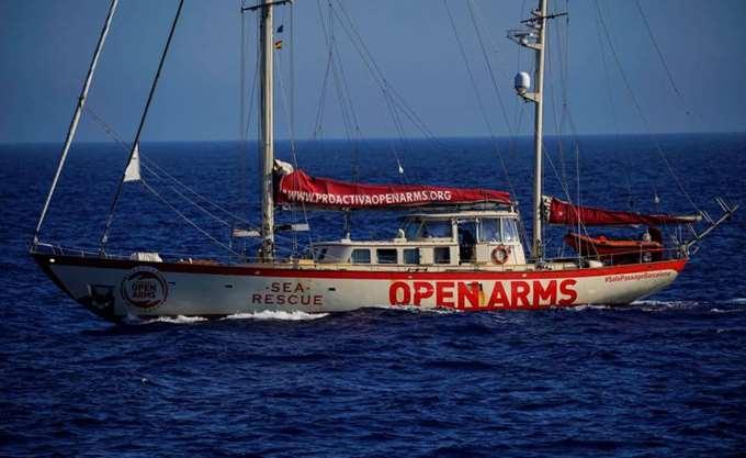 Σχεδόν 300 μετανάστες διέσωσε το πλοίο Open Arms ισπανικής ΜΚΟ στα ανοιχτά της Λιβύης
