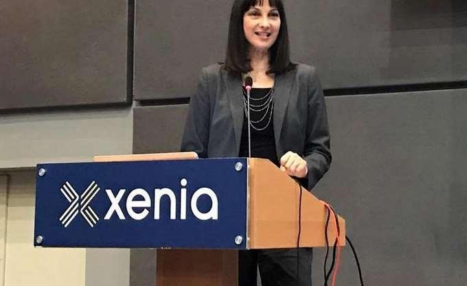 Εγκαίνια της έκθεσης Xenia από την υπουργό Τουρισμού Ε. Κουντουρά