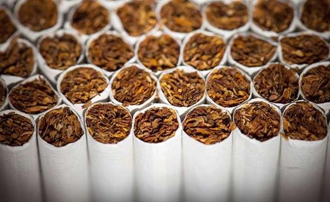 Θεσσαλονίκη: Συνελήφθησαν τρία άτομα για πώληση λαθραίων τσιγάρων και καπνού