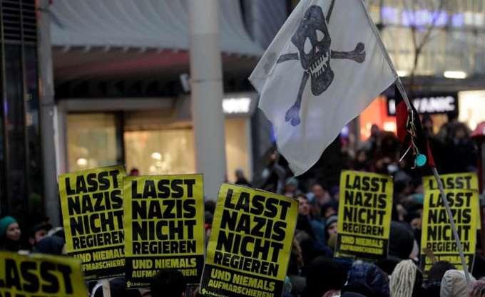 Αυστρία: Δεκάδες χιλιάδες διαδηλωτές στη Βιέννη κατά της κυβέρνησης δεξιάς-ακροδεξιάς