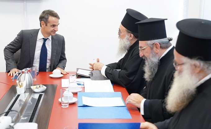 Κ. Μητσοτάκης: Η Ν.Δ. δεν θα αναγνωρίσει ως κυβέρνηση την αλλαγή του εργασιακού καθεστώτος των κληρικών
