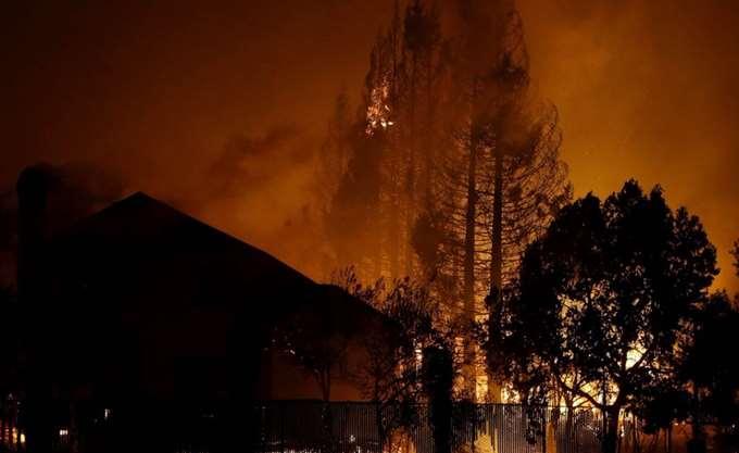 Μεγάλη πυρκαγιά στη βόρεια Καλιφόρνια - Εκκενώθηκαν κατοικημένες περιοχές