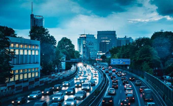 Υποχώρησαν οι πωλήσεις αυτοκινήτων στην ΕΕ τον Απρίλιο